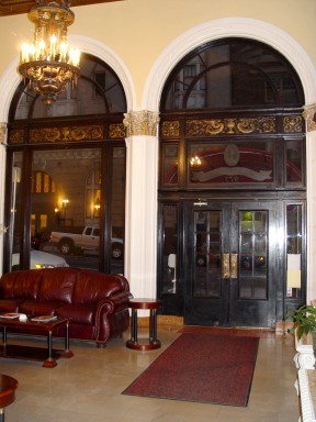 Mayflower Hotel entrance